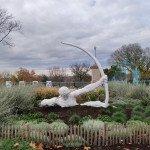 <b>Héraklès tue les oiseaux du lac Stymphale inspirée de l'œuvre d'Émile-Antoine Bourdelle</b> <br />